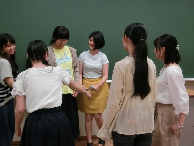 グループワーク中3.JPG
