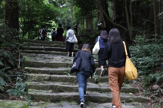 9月6日 那智山 熊野古道大門坂-r.jpg