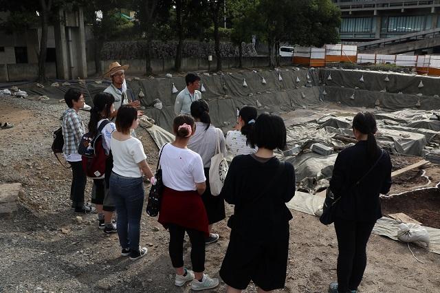 9月14日 奈良県立美術館北隣 発掘現場-r.jpg