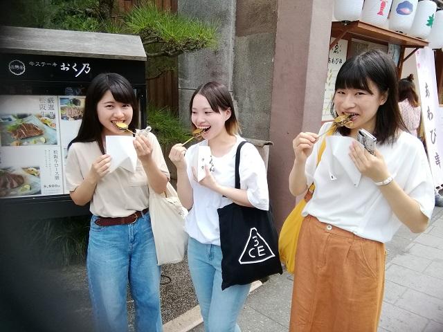 9月5日 おはらい町 あわび丸ごと串焼き-r.jpg