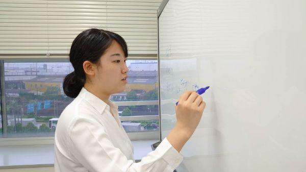 Ayaka Working (1).jpg