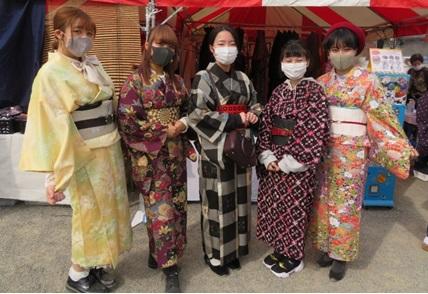 seide_kimono6.jpg